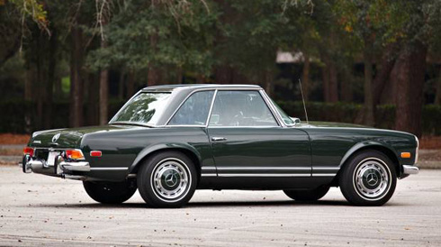 1969 Mercedes 280SL Dark Olive at Gooding and Company Scottsdale 2018 Mercedes Market