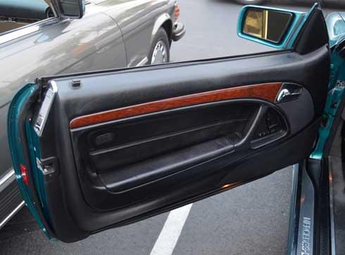 1997-Mercedes-Benz-R129-La-Costa-Edition-Walt-Andersion-Mercedes-Market-door
