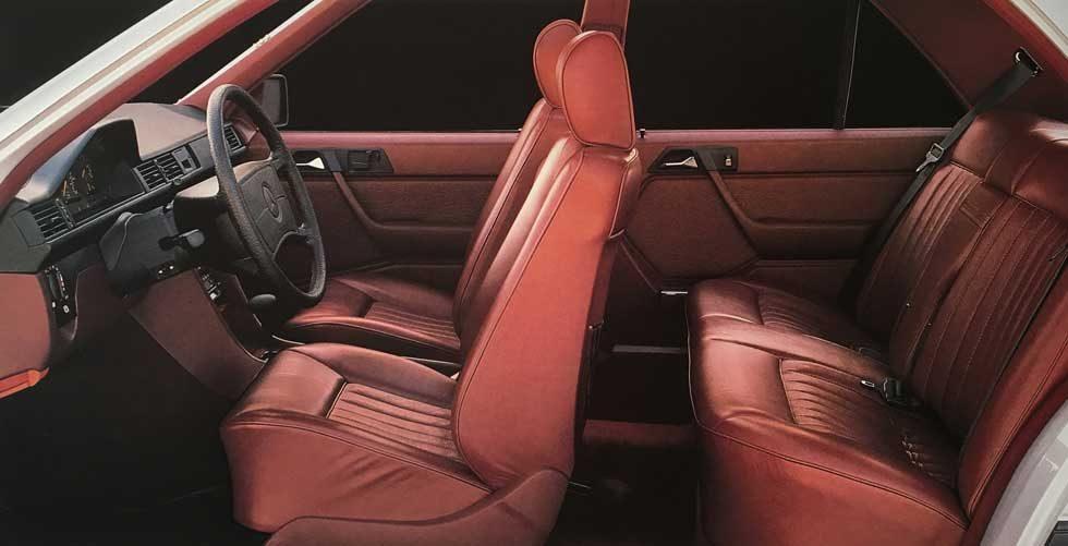 Mercedes-W124-300E-Interior