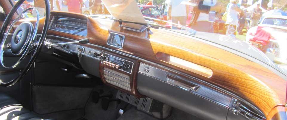 1958-Mercedes-Benz-220-S-Interior-Wood