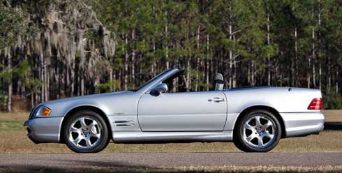 Gooding-and-Company-Ameila-Island-2018-2002-Mercedes-SL500-Silver-Arrow-Mercedes-Market-Preview-1