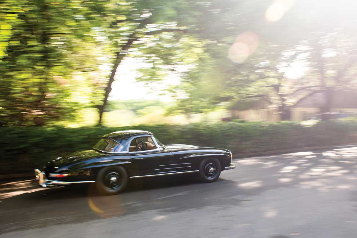 RM Sothebyu0027s Monterey 2018: Four Mercedes 300 SLs All At No Reserve!