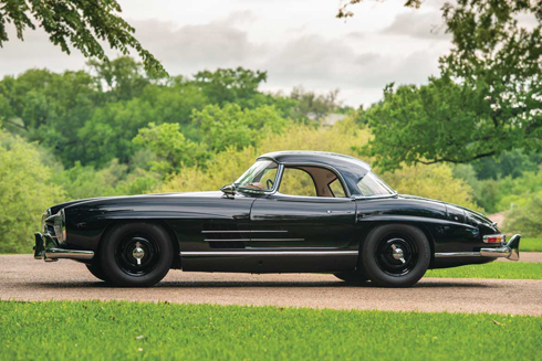 1961-Mercedes-Benz-300-SL-Roadster-RM-Sothebys-Auction-Monterey-2018