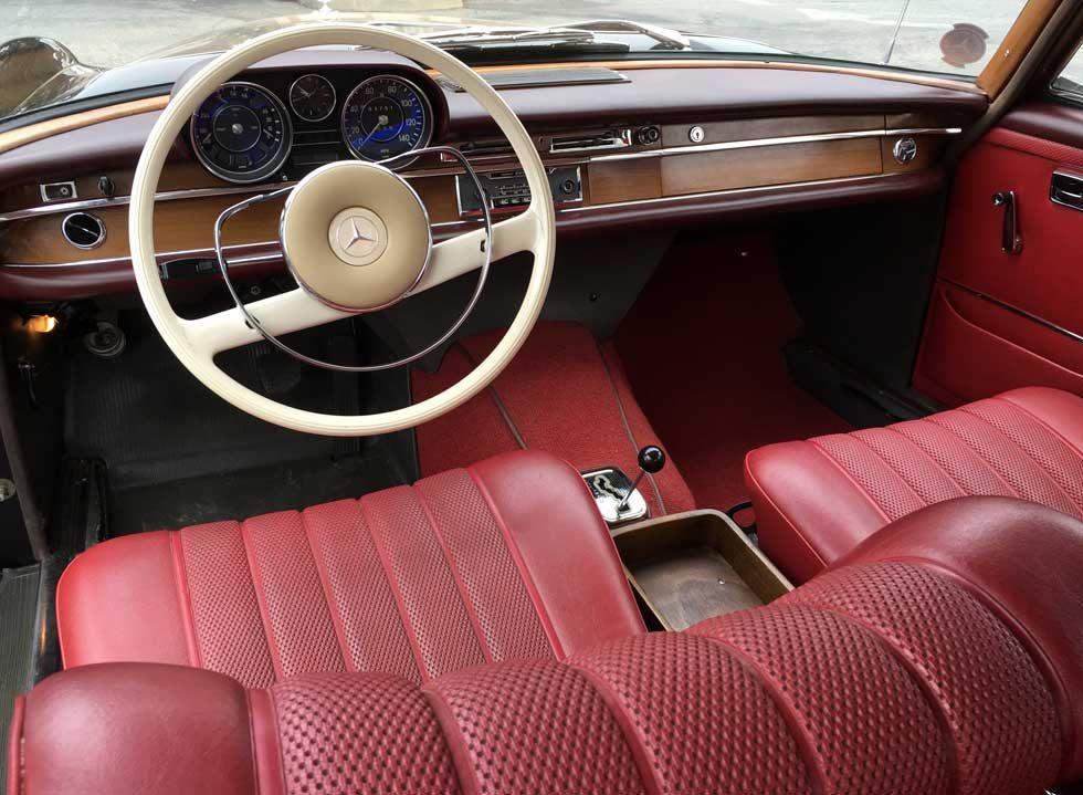 1965 Mercedes 250S Red MB tex interior
