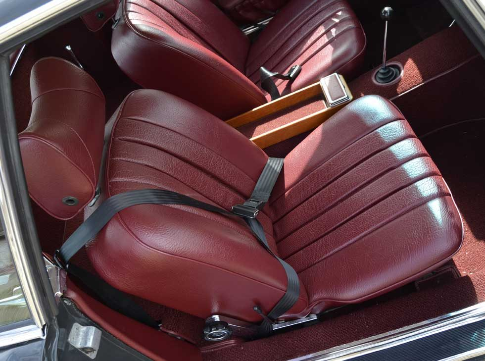 1970 Mercedes 280SL - Red MB tex interior