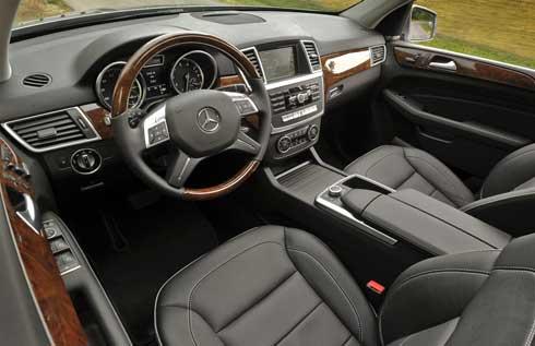 2014-Mercedes-ML350-Interior-2