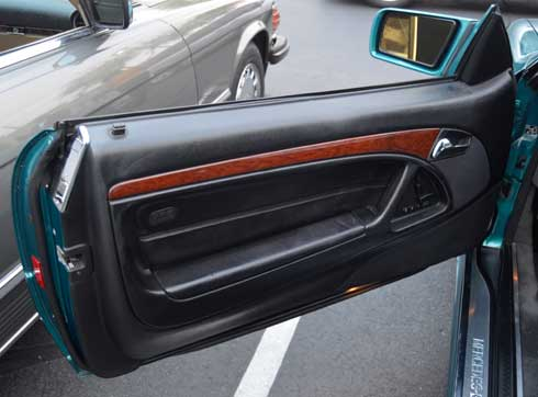 1997-Mercedes-Benz-R129-La-Costa-Edition-Walt-Andersion-Mercedes-Market-door
