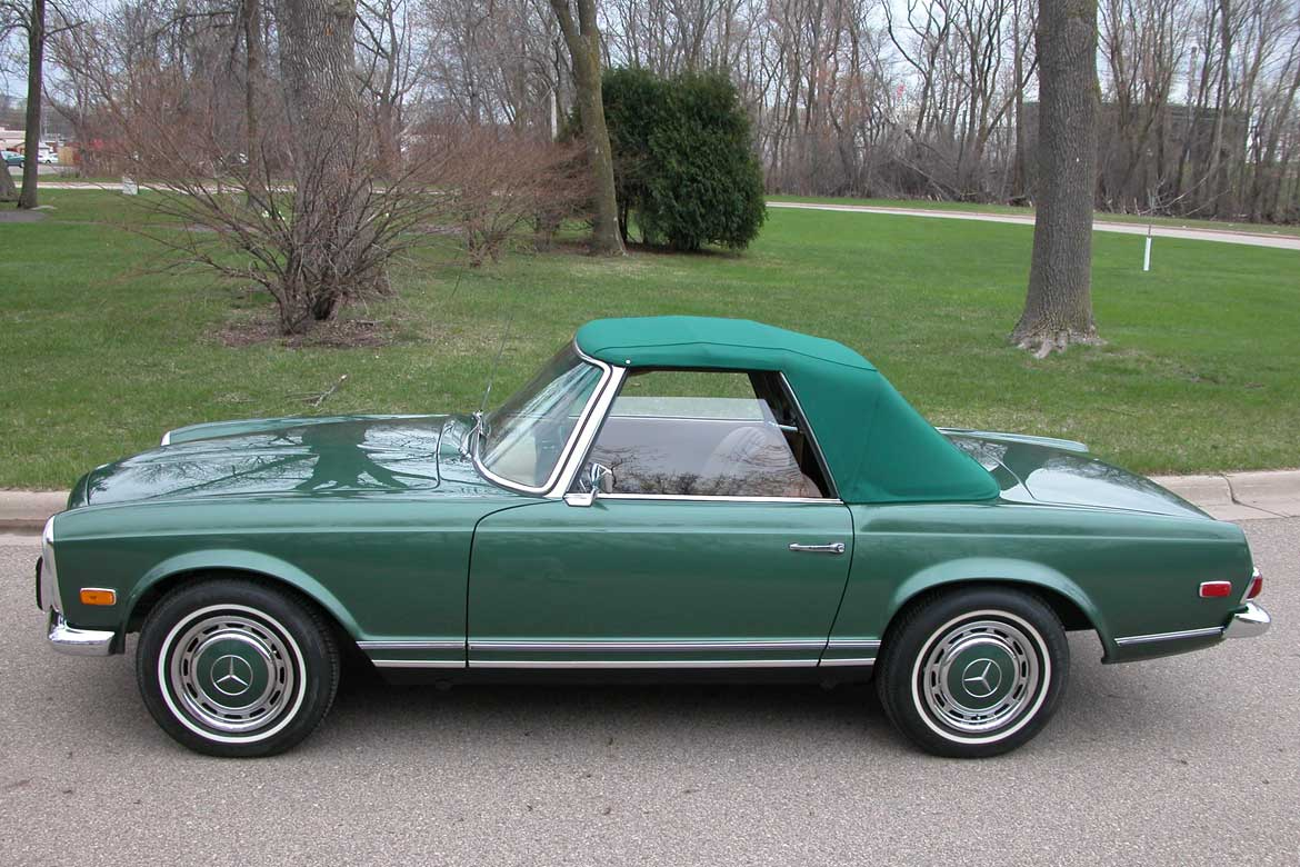 Mercedes Benz Color Code 834 G – Moss Green Poly
