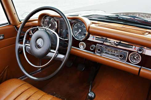 Gooding-and-Company-Ameila-Island-2018-1971-Mercedes-280SL-Mercedes-Market-Preview-1