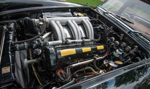 1961-Mercedes-Benz-300-SL-Roadster-RM-Sothebys-Auction-Monterey-2018-engine