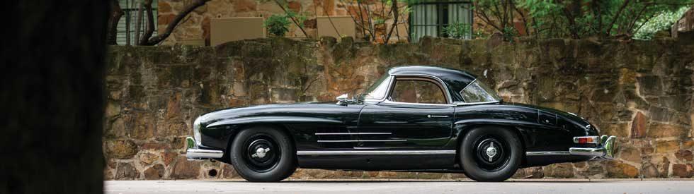 1961-Mercedes-Benz-300-SL-Roadster-RM-Sothebys-Auction-Monterey-2018-side