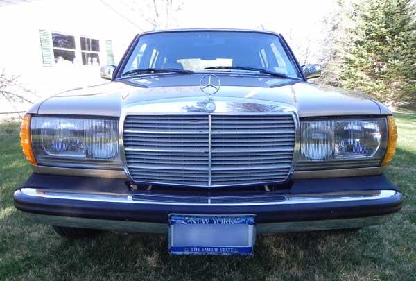 1985-Mercedes-300TD-Wagon-Diesel-W123-Mercedes-Market-For-Sale