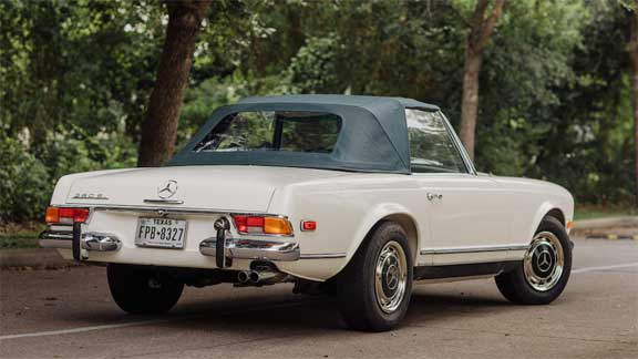 Mercedes-280SL-W113-Bonhams-Quail-Lodge-2019-Mercedes-Market